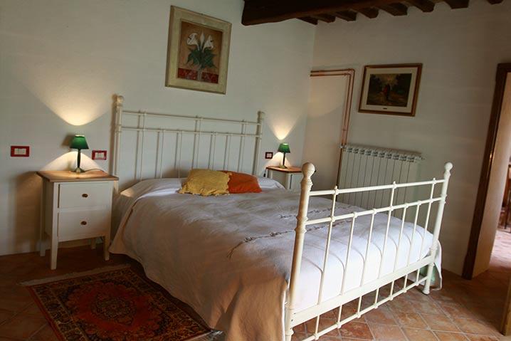 borgo-di-sempronio-casa-del-sarto-letto2