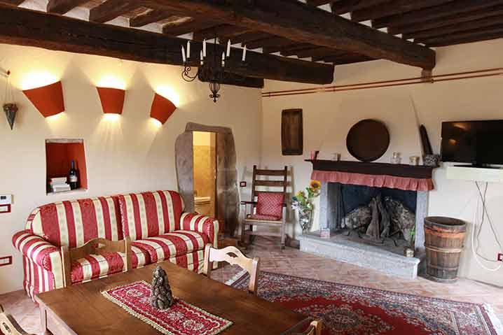 borgo-di-sempronio-casa-del-sarto-soggiorno